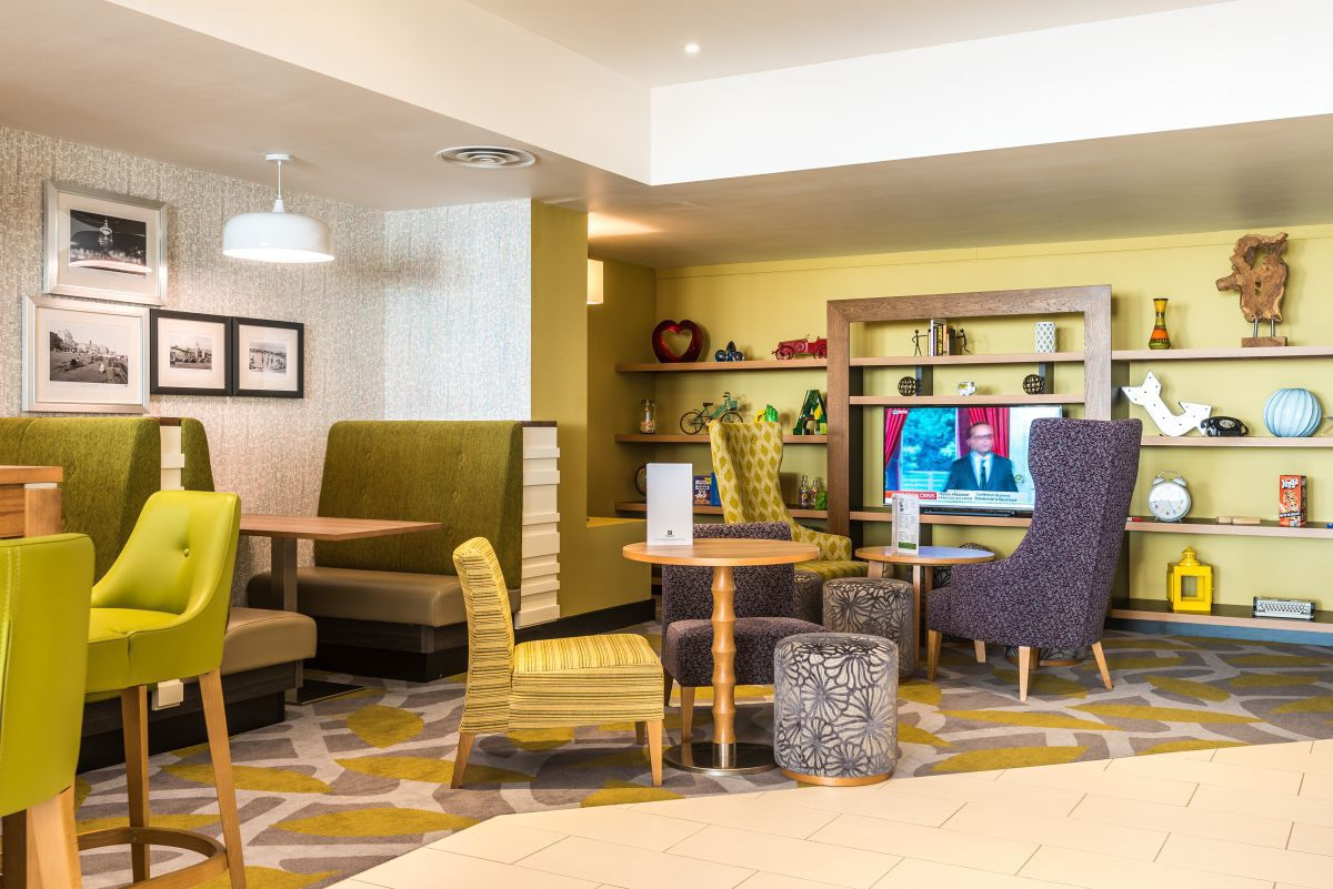 Holiday Inn Brighton Bar and Restaurant